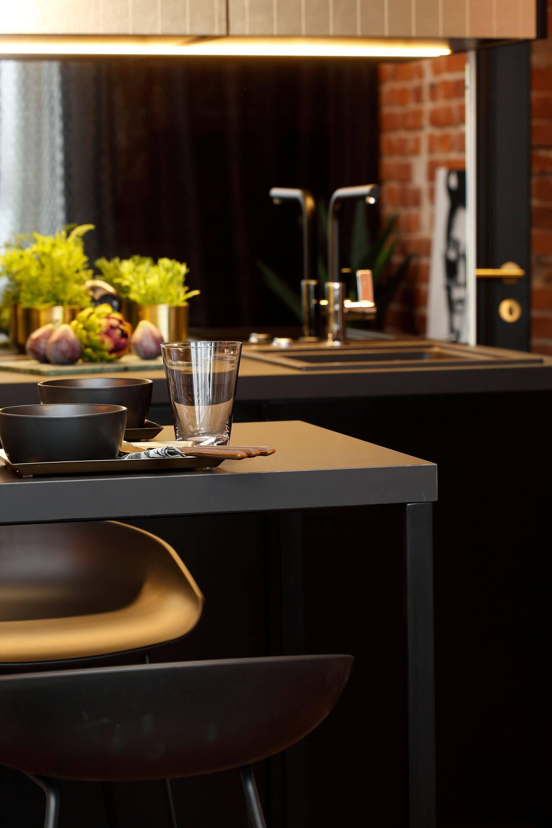 Fenex Vivarec köögiplaat, matid baaripukid Elke mööbel Hay pukktoolid